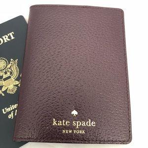 Kate Spade mikas pond passport holder
